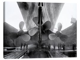 Canvas print  Shipyard workers with the Titanic - John Parrot