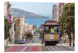 Forex  Cable car on a hill in the streets of San Francisco, California, USA - Matteo Colombo