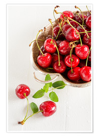 Premium poster A bowl of delicious cherries
