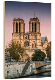 Wood print  Notre Dame cathedral at sunset, Paris, France - Matteo Colombo