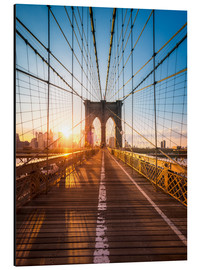 Jan Christopher Becke - Brooklyn Bridge in the sunlight in New York City, USA