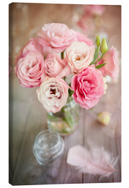 Canvas  Romantic rose bouquet with feather
