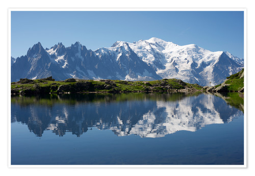 Premium poster Lake at Mont Blanc