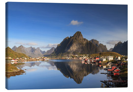 Canvas  Refelction at Reine, Lofoten, Norway - Circumnavigation