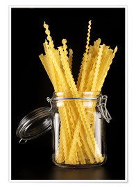 Premium poster Mafaldi pasta in a glass jar