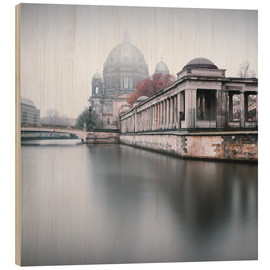 Wood print  Berlin Cathedral in winter fog - Philipp Dase