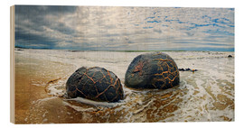 Wood print  New Zealand Moeraki Boulders 2 - Michael Rucker