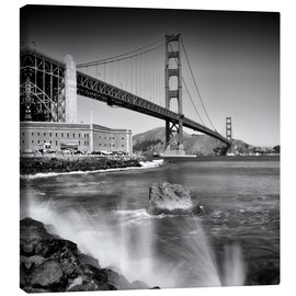 Canvas print  Golden Gate Bridge with breakers - Melanie Viola