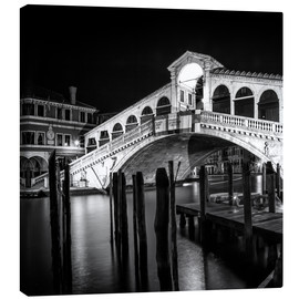 Canvas  VENICE Rialto Bridge at Night - Melanie Viola