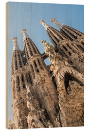 Wood print  La Sagrada Familia - George Pachantouris