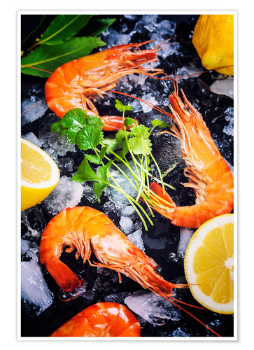 Premium poster Tiger prawns on ice with lemon and herbs
