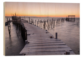 Wood print  Sunset at Palafito Pier of Carrasqueira, Setubal, Portugal - Roberto Sysa Moiola