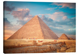 Canvas  great pyramid of Giza in Egypt