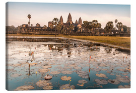 Canvas  Angkor Wat at sunset