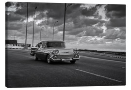 Canvas print  Classic Cuban Car in black and white - Alex Saberi