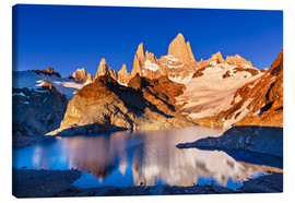 Canvas print  Mount Fitz Roy in Los Glaciares National Park, Argentina