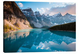 Canvas print  Sunset over Moraine lake, Banff, Canada - Matteo Colombo