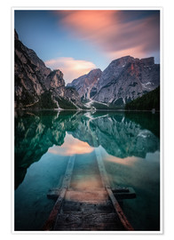 Premium poster  Lago di Braies just before sunset - MUXPIX