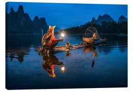 Jan Christopher Becke - Chinese cormorant fisherman in front of karst landscape in Guilin, China