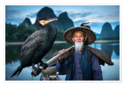 Premium poster Chinese fisherman with cormorant in Guilin, China