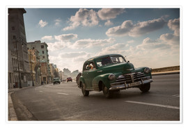 Premium poster  Cuban american car driving through Havana, Cuba. - Alex Saberi