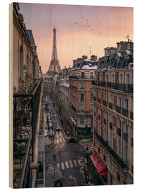 Wood print  Street in Paris with Eiffel tower at sunset - Jan Christopher Becke