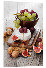 Acrylic glass  Camembert cheese with figs, nuts and grapes