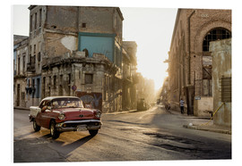 Foam board print  Vintage car on the streets of Havana - Novarc