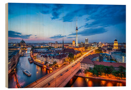 Wood print  The skyline of Berlin at night - Jan Christopher Becke