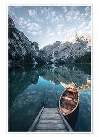 Premium poster Braies lake moody sunrise